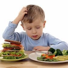 Çocuk ve Yemek: Yemek Hakkında Çocuğunuza Asla Söylememeniz Gereken 10Şey