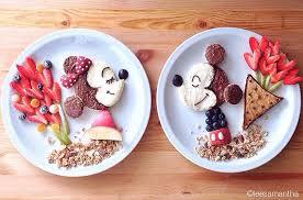 mickey-minnie-yemek