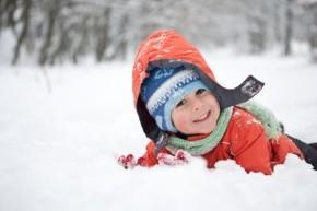 Çocuklar için Kış Etkinliği: Çocuğunuzla Karda Eğlenmek için 5 FarklıEtkinlik